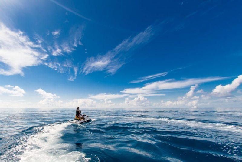 青い空と綺麗な海